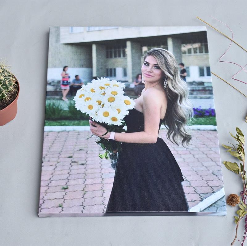 Холст по фото выпускница