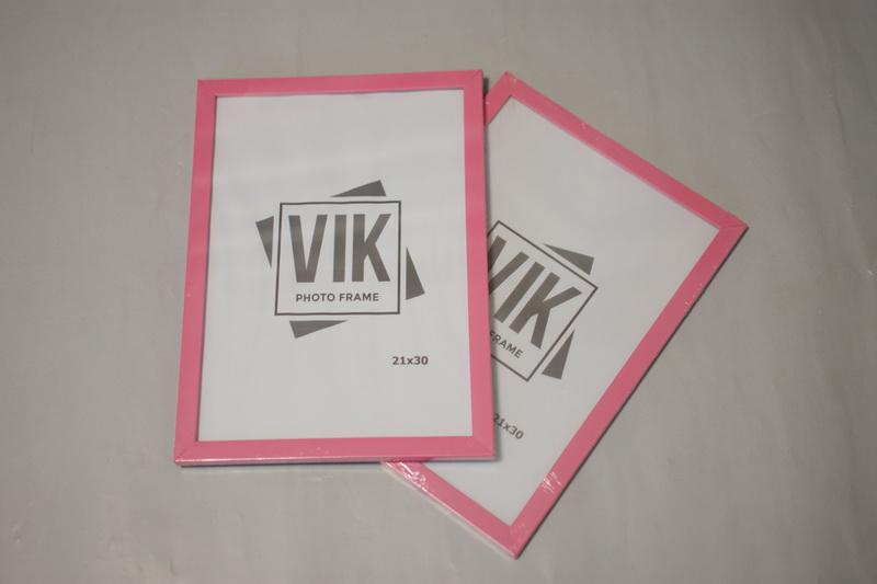 рамочки для фото розовые А3 грн.
