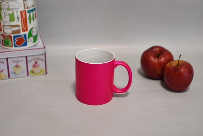 чашка на заказ неоновая Украина