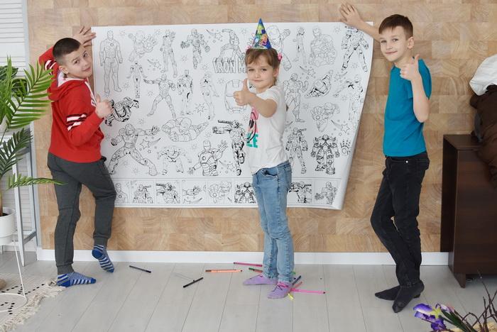 Железный человек гигантская раскраска детям