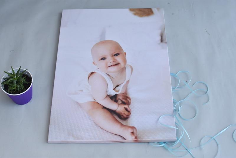 фото на холсте младенец
