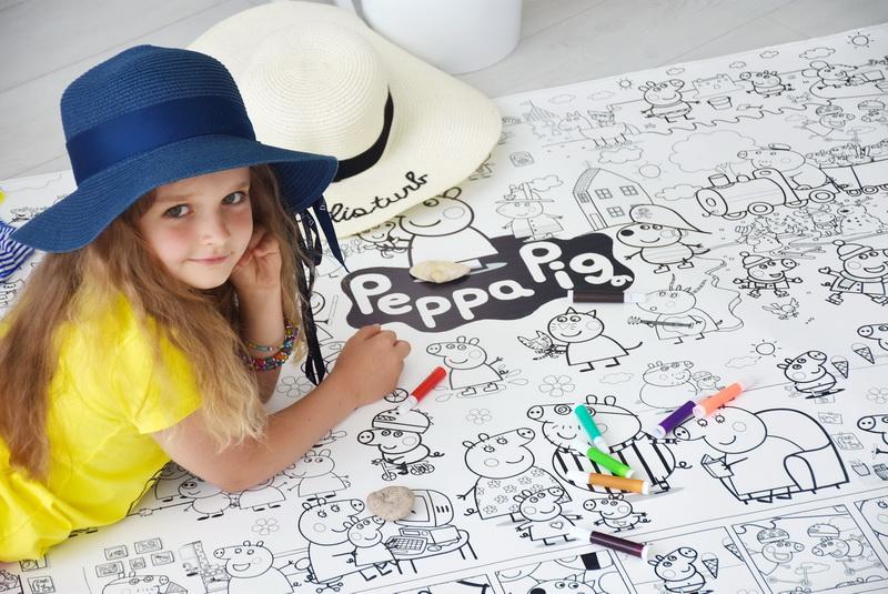 Свинка Пеппа розмальовка гігантська грн
