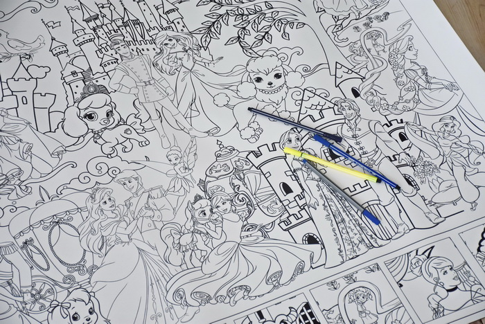 Принцеси розмальовка величезна гігантська